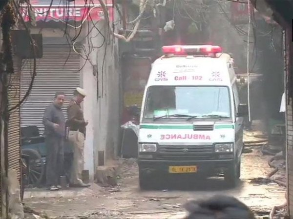 Delhi receives over 2500 calls for ambulance daily from Covid-19 patients