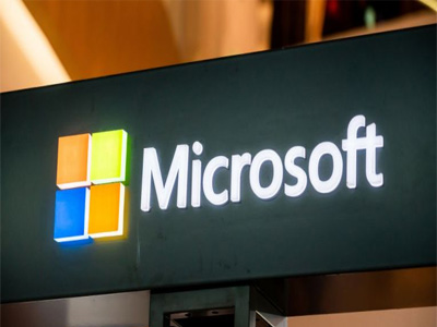 Pentagon hands Microsoft $10B 'war cloud' deal, snubs Amazon