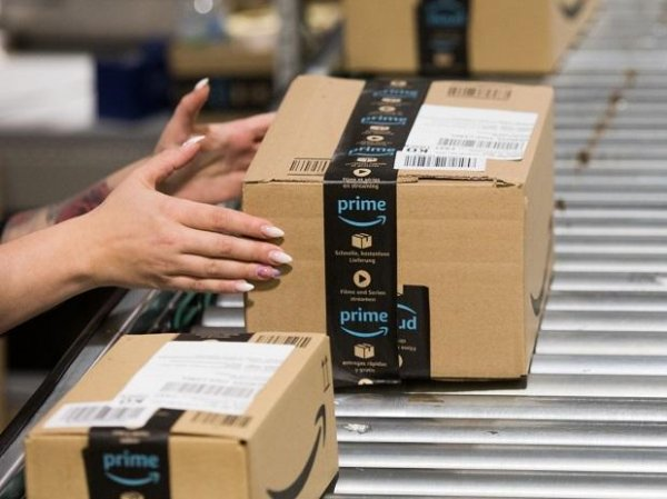 Amazon to spend $500 million in holiday bonus to frontline workers
