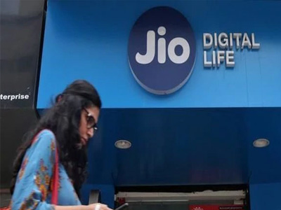Reliance Jio to charge for voice calls made on other networks after TRAI's review of IUC regime